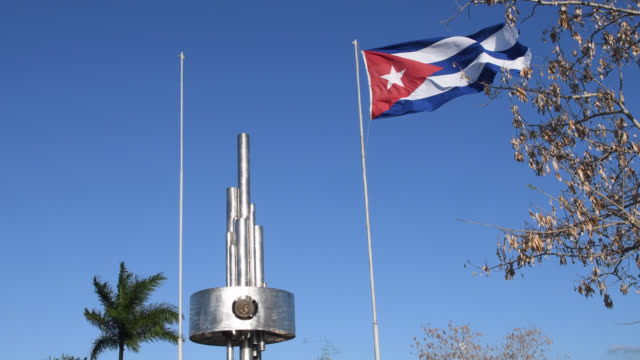 che guevara monument in the capiro hill, santa clara, cuba - 1958 stock videos & royalty-free footage