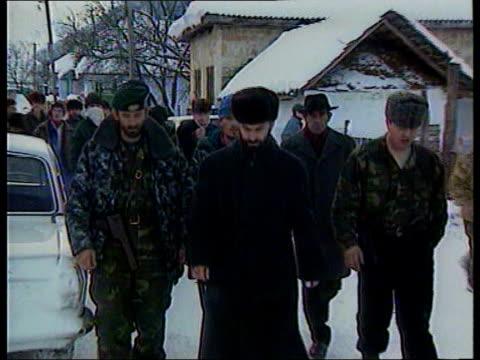 Grozny Shamil Basayev towards with followers