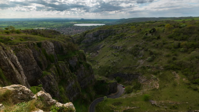 cheddar gorge: timelapse of cheddar gorge in somerset - cheddar gorge stock videos & royalty-free footage