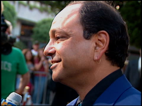 cheech marin at the 'desperado' premiere on august 21 1995 - 1995 stock-videos und b-roll-filmmaterial