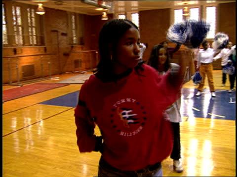 cheerleaders practicing dance routine - cheerleader stock videos & royalty-free footage