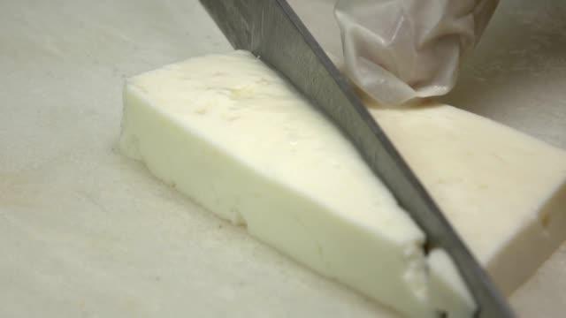 Käse-Schneiden