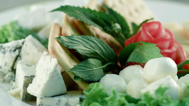 Käseplatte. Vegetarische Speisen Snack