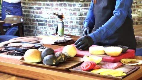 vídeos y material grabado en eventos de stock de menú del chef - concursante
