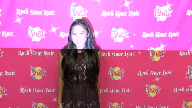 vidéos et rushes de chelsea chiu at the rock your hair presents - rock back to school concert and party at avalon on september 30, 2017 in hollywood, california. - rock moderne