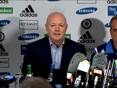 aftermath of jose mourinho replacement by avram grant int peter kenyon press conference sot - replacement stock videos & royalty-free footage