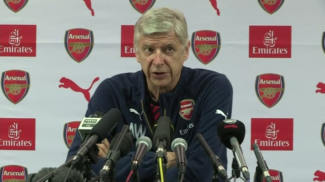 axed medical staff could return to bench says jose mourinho colney int arsene wenger press conference sot when the referee gives an indication that... - アーセン・ベンゲル点の映像素材/bロール