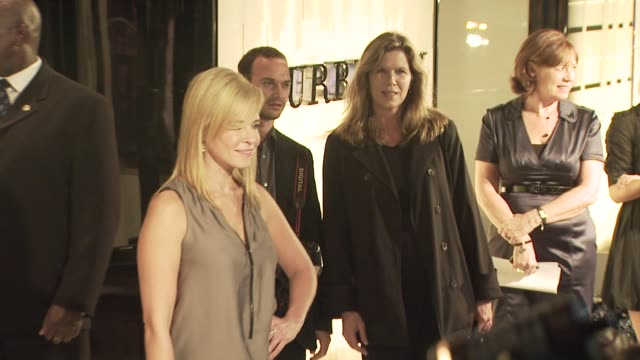 chelsea handler at the burberry beverly hills store re-opening at los angeles ca. - beverly hills点の映像素材/bロール