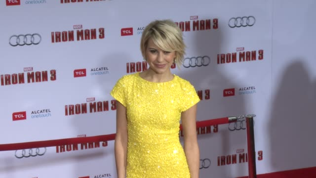 vídeos y material grabado en eventos de stock de chelsea kane at iron man 3 world premiere 4/24/2013 in hollywood ca - ropa ajustada