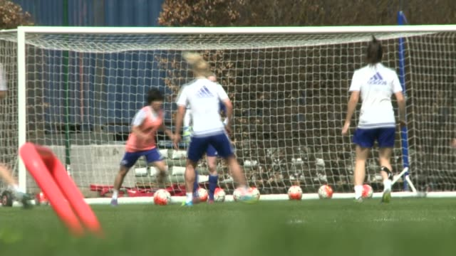 chelsea ladies prepare for women's fa cup semi final against manchester city england london ext various shots chelsea ladies football team training... - women's football stock videos & royalty-free footage