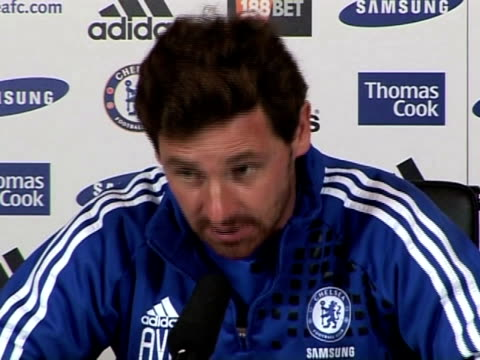 chelsea manager andre villas-boas previews chelsea's next game against liverpool, the current race rows and why he won't appear before the fa after... - チーム写真点の映像素材/bロール
