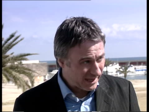 chelsea manager jose mourinho's hostile reception continues spain barcelona ian mcgarry interview sot the level of antagonism has been quite... - chelsea f.c stock videos & royalty-free footage