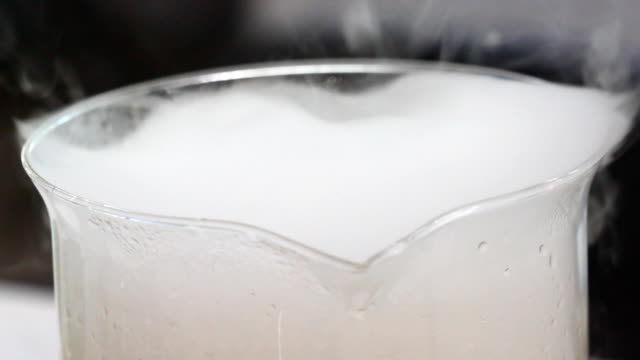 Chemical Reaction, smoke in glass tube