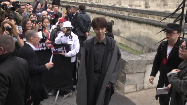 chen linon attends the valentino womenswear spring/summer 2020 show as part of paris fashion week on september 29 2019 in paris france - celebrity sightings stock videos & royalty-free footage