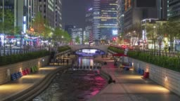 Cheonggyecheon Stream at night in Seoul time-lapse