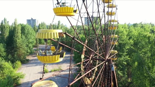 chernobyl ferris wheel - amusement park stock videos & royalty-free footage