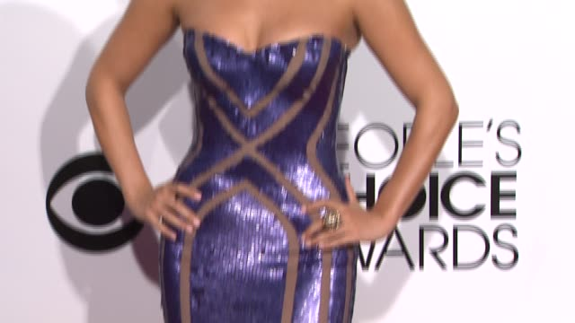 stockvideo's en b-roll-footage met cheryl burke at 40th annual people's choice awards - arrivals in los angeles, ca 1/8/14 - people's choice awards