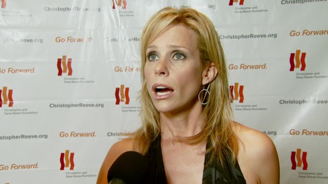 cheryl hines on coming out to support the gala and her friend robin williams on why the cause is so important about working on 'curb your enthusiasm'... - christopher and dana reeve foundation stock videos and b-roll footage