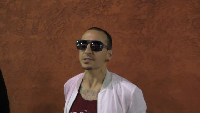 interview chester bennington from linkin park talks about album cover art outside the fonda theatre in hollywood in celebrity sightings in los angeles - linkin park stock videos and b-roll footage