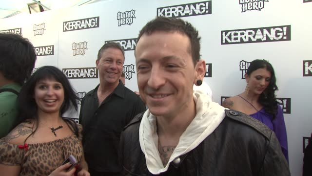 stockvideo's en b-roll-footage met chester on sonisphere, the awards reputation and all his projects at the kerrang! awards at london england. - chester engeland