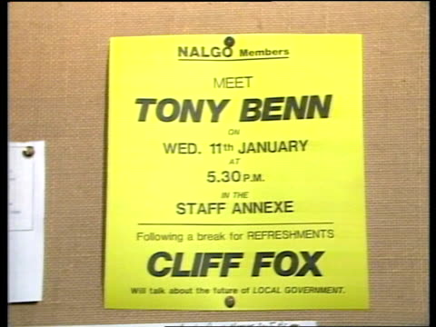 vídeos de stock, filmes e b-roll de tony benn hopes to be labour candidate england derby chesterfield int tony benn meeting council workers poster 'meet tony benn' on wall benn along as... - tony benn
