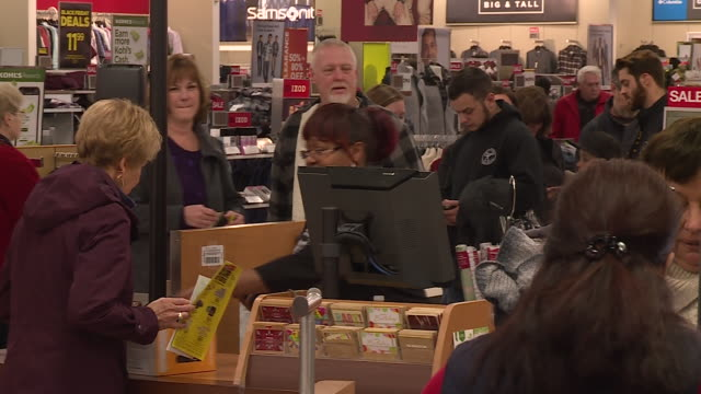 chesterfield, il, u.s. - customers doing shopping at st. louis premium outlets during black friday, on friday, november 29, 2019. - shopaholic stock videos & royalty-free footage