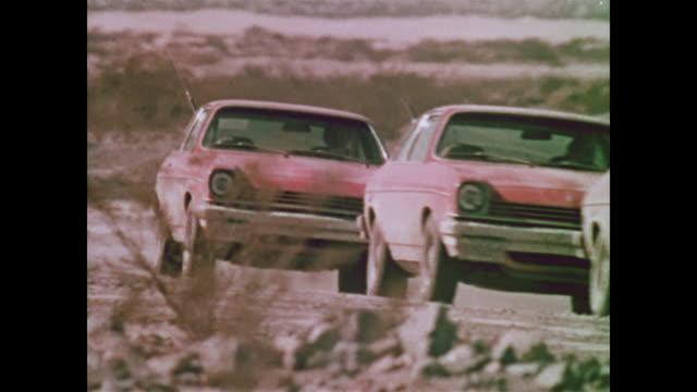 1976 chevrolet vegas in death valley - death valley stock-videos und b-roll-filmmaterial