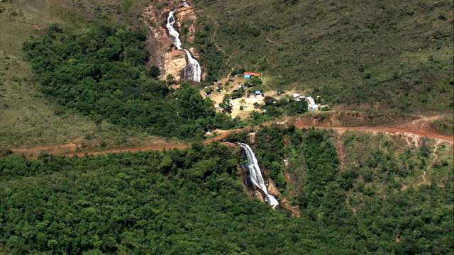 cachoeira chica dona  - aerial view - minas gerais, itabirito, brazil - cachoeira stock videos and b-roll footage