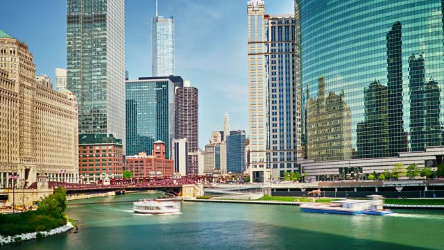chicago city downtown - chicago river stock videos & royalty-free footage