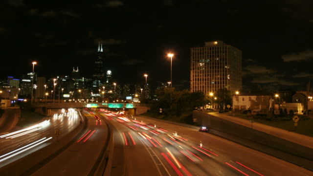 chicago downtown time lapse - headlight stock videos & royalty-free footage