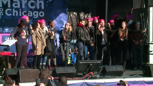 WGN Chicago Hamilton Cast Sings 'Let it Be' at Women's March in Chicago on Jan 21 2017