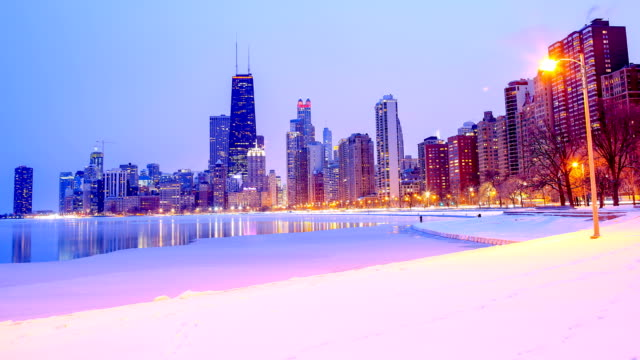 chicago, il in the winter - chicago illinois stock videos & royalty-free footage