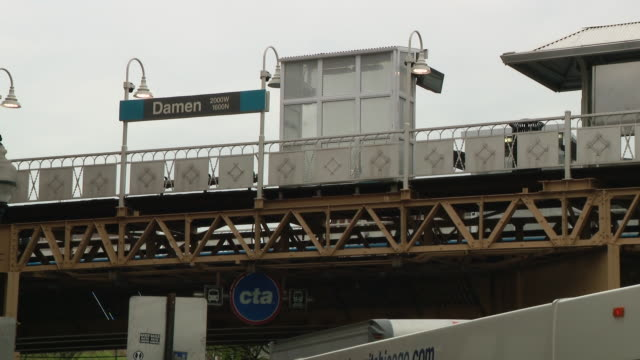 wgn chicago il us chicago blue l line stop at damen avenue very empty due to covid19 pandemic on monday may 18 2020 - chicago 'l' stock videos & royalty-free footage