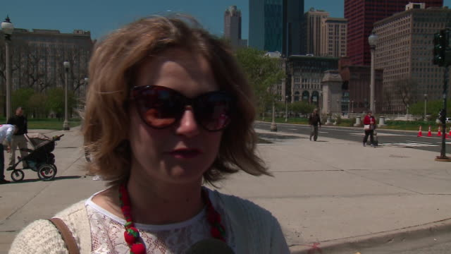 wgn chicago il us chicago's polish community members talking about celebration of polish constitution day on saturday may 4 2019 - osteuropäische kultur stock-videos und b-roll-filmmaterial