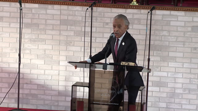 wgn chicago il us civil rights leader reverend al sharpton visits a chicago greater saint john bible church on sunday december 15 2019 sharpton... - pastor stock videos & royalty-free footage
