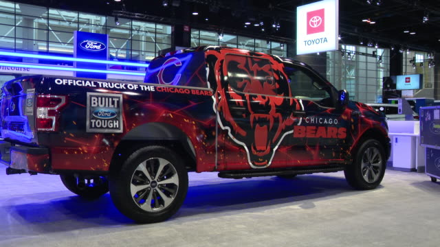 vidéos et rushes de chicago, il, u.s. - day 1 of the annual chicago auto show, the nation's largest auto show, in mccormick place on saturday, february 8, 2020. - nfc