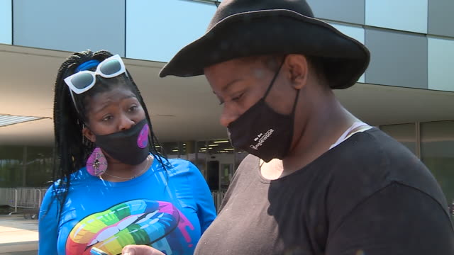 wgn chicago il us dreadhead cowboy's supporters waiting in front of state police building on monday september 21 2020 - cowboy hat stock videos & royalty-free footage