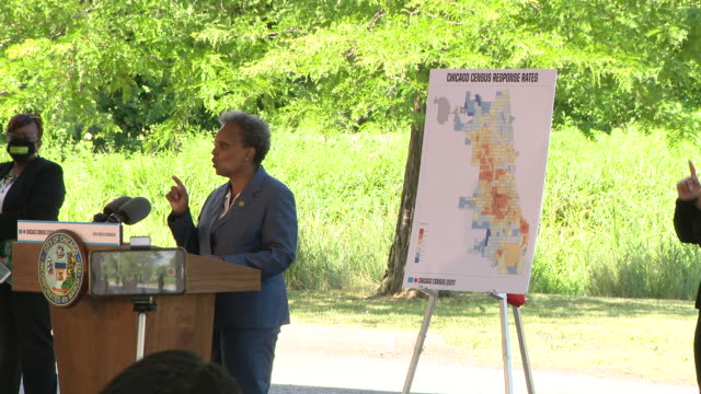 chicago, il, u.s. - mayor lori lightfoot speaking at an event introducing 'census cowboy', her initiative designed to encourage chicagoans to take... - 国勢調査点の映像素材/bロール