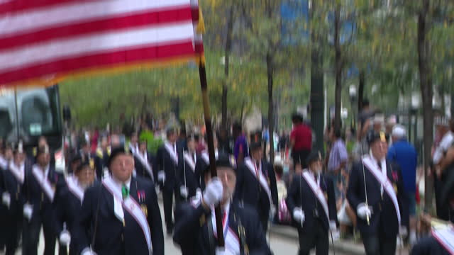chicago, il, u.s. - people and floats seen at 69th annual columbus day parade on state street in chicago. smiles and excitement lined state street... - christopher columbus explorer stock videos & royalty-free footage