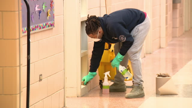 chicago, il, u.s. - public park pool and fitness center being disinfected during covid 19 outbreak. chicago on saturday, march 14, 2020. - glove video stock e b–roll