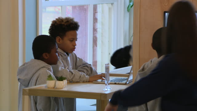 chicago, il, u.s. - students of cps during announcement event for chance the rapper's new coding project, on monday, decemder 9, 2019. - chance the rapper stock videos & royalty-free footage