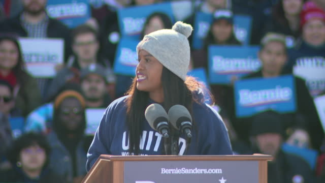 chicago, il, u.s. - supporter of bernie sanders speaking during grant park campaign rally, in chicago, on saturday, march 7, 2020. - political rally stock videos & royalty-free footage