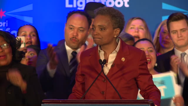 wgn chicago il us victory speech after lori lightfoot wins the 2019 chicago mayoral election on tuesday april 2 2019 - best supporting actor stock videos & royalty-free footage