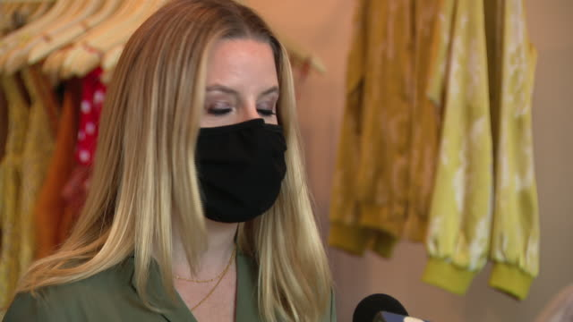 chicago, il, u.s. - women's boutique steely owner in face mask speaks about reopening amid coronavirus pandemic on sunday, august 23, 2020. there are... - entrepreneur stock videos & royalty-free footage