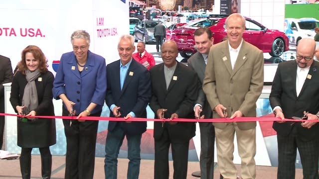 WGN Chicago Mayor Illinois Governor Politicians Cut Ribbon at 2017 Chicago Auto Show on Feb 11 2017