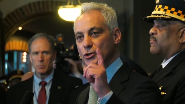 Chicago mayor Rahm Emanuel and Police Superintendent Eddie Johnson slam the decision to drop all criminal charges against US television actor Jussie...