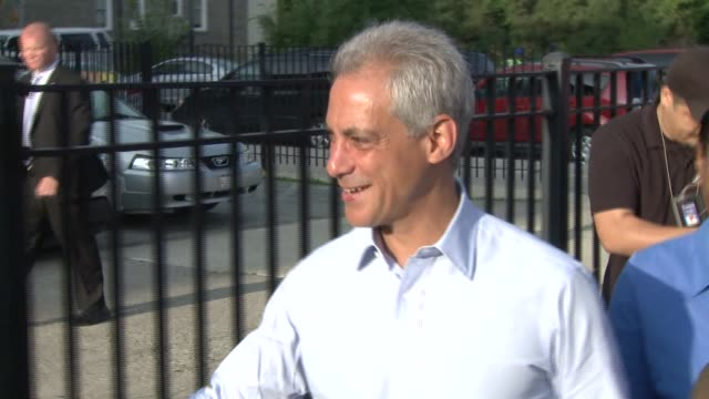 Chicago Mayor Rahm Emanuel walks with students on the first day of the 2014 school year at William Penn Elementary School on Aug 2 2014