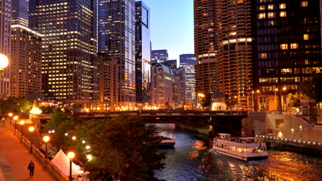 chicago river and business district - chicago river stock videos & royalty-free footage
