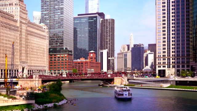 chicago river, boat and business district - passenger ship stock videos & royalty-free footage