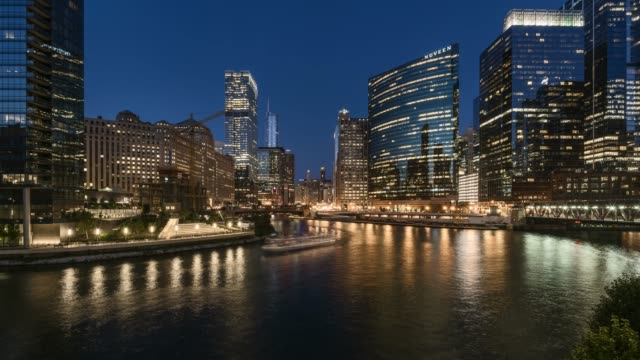 chicago river day to night time lapse - curtain wall facade stock videos and b-roll footage